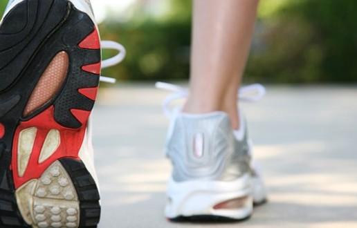 6 Manfaat Berolahraga Jalan Kaki Bagi Kesehatan Anda